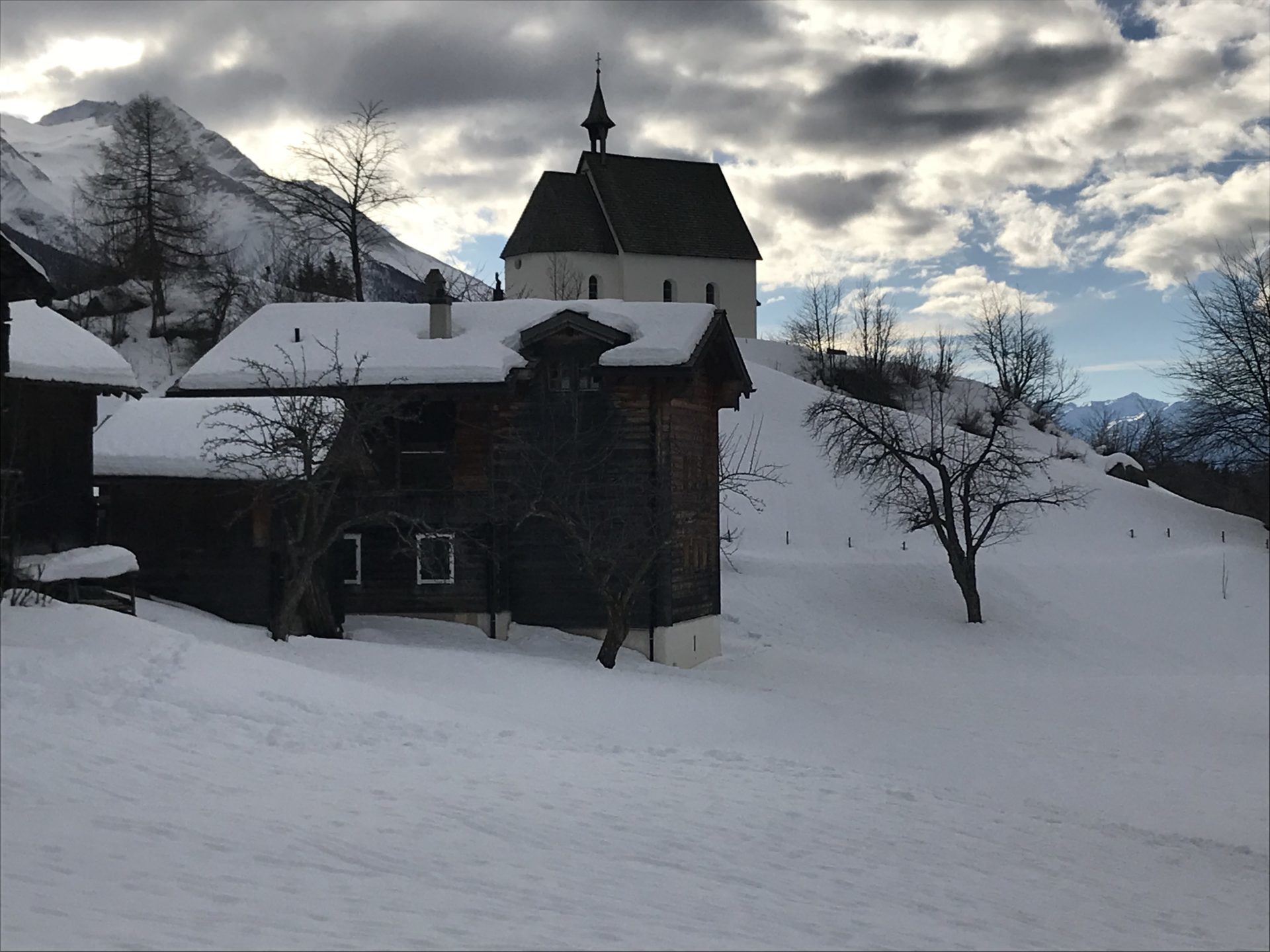 Mühlebach mit Kapelle